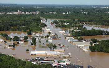 Flash floods can occur with little warning, putting students, teachers and the surrounding community at risk. (David Fine/FEMA)<br />