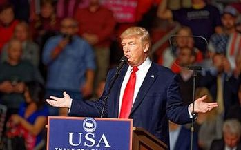 President Donald Trump is moving forward with a Phoenix rally on Tues., despite a request to delay it from the city's mayor. (Wikimedia Commons)