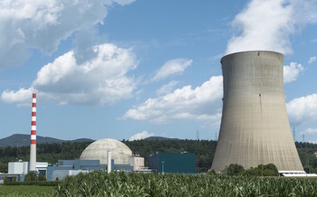 The new U.S. Department of Energy report recommends that the Nuclear Regulatory Commission ease safety requirements for nuclear power plants. (adage/Pixabay)