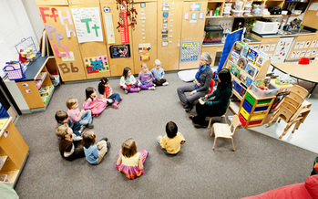 A new Kindness Curriculum developed at the University of Wisconsin helps preschool children to learn to empathize, forgive and be generous. (Wm. Graf, UW)
