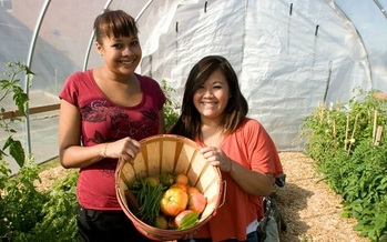 Students in hundreds of schools in Indiana participate in farm-to-school activities. (farmtoschool.org)