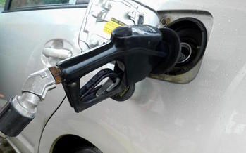 If maintained, by 2025, clean car standards are expected to save consumers close to $1,500 in fuel. (pippalou/morguefile)