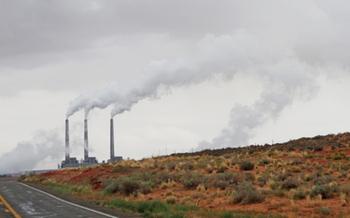 The Navajo Generating Station in Page is one of dozens of coal-fired power plants that would have been subject to pollution restrictions under the Clean Power Plan. (Es3n/iStockphotos)