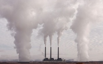 The Clean Power Plan calls for a 32 percent reduction in carbon pollution from 2005 levels by 2030. (Pixabay)