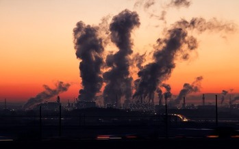 The Clean Power Plan is projected to save thousands of lives a year by reducing asthma and other respiratory illnesses. (Pixibay)