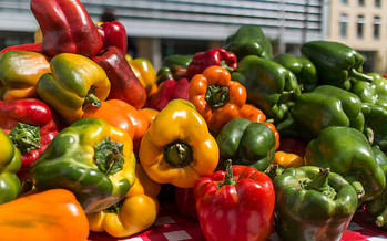 Farmers markets will have fresh produce through October, according to the Minnesota Farmers Market Association.  (Patric Kuhl/FlickR)