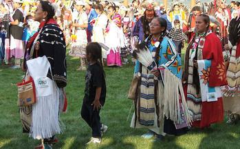 Supporting families is integral to closing the opportunity gaps for Native American children in South Dakota, according to a new report. (Hamner_Fotos/Flickr)