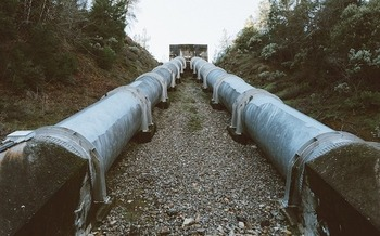 The Mariner East 2 pipeline would carry ethane, which can be explosive even in small amounts. (StockSnap/Pixabay)