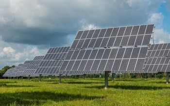 Hanover, N.H., residents will vote later this spring on a zoning amendment to allow large scale solar farms. (mrganso/Pixabay)