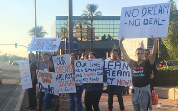 Immigrant-rights advocates pleaded for a deal on DACA at a recent protest. (Promize Arizona)