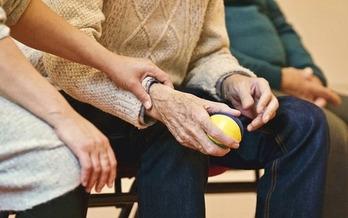 M�s de 800,000 Washingtonianos son cuidadores familiares. (StockSnap/Pixabay)