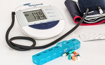 About a third of the population still has blood pressure that measures above 140 over 90, putting their health at risk. (stevepb/Flickr)