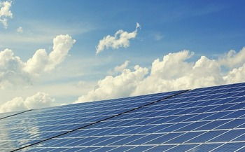 Government investment helped increase China's share of worldwide solar cell and panel production from 7 percent in 2005 to 61 percent in 2012. (Pixabay)