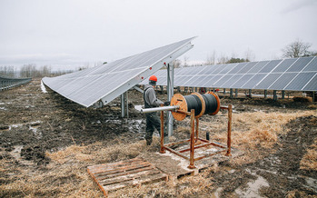 A new report suggests policies that support investments in cleaner sources of energy can bring economic opportunities to Ohio. (Renovus Solar/Flickr)