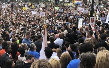 Students from across Florida traveled to Tallahassee to join fellow students protesting gun violence on the steps of the old Florida Capitol in Tallahassee. (Trimmel Gomes)