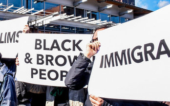 Immigrant advocacy groups say that the country is at a crossroads when it comes to immigration, leaving hundreds of thousands unsure of their future. (Joe PIette/flickr)