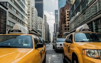 Transportation and buildings account for almost 80 percent of carbon emissions in the state of New York. (Free-Photos/Pixabay)