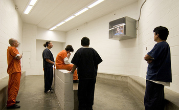 The Northwest Detention Center in Tacoma is the largest immigrant prison on the West Coast. (Seattle Globalist/Flickr)