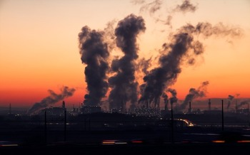 Critics say the loophole will allow more emissions of mercury, benzene, lead and other toxins. (SD-Pictures/Pixabay