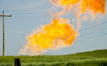 Taxpayers lose about $23 million a year in royalties without stricter regulations on methane flaring, according to U.S. Government Accountability Office estimates. (Tim Evanson/Flickr)