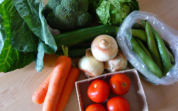The Food Bank of Northern Nevada has added a range of foods to help clients target specific health issues, such as diabetes and cardiovascular disease. (Jessica Spengler/Flickr)