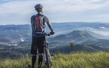 Mountain bikers have joined with veterans, conservation groups, local elected officials and other outdoor recreationists in support of preserving lands in Summit and Eagle counties. (Pixabay)