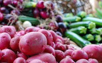 Factores como el acceso a una alimentaci�n sana, juegan un papel importante en nuestra salud. (Wendell/Flickr)