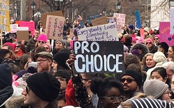 Activists vow to protest the Trump administration's plan to defund Planned Parenthood as they did in 2017. (Linda Barr)