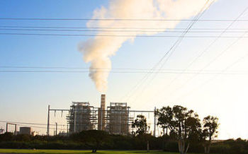 Environmental justice groups opposed Prop. 70, saying it would have made it more difficult to fund climate projects that mitigate pollution from power plants such as this one in the low-income community of Oxnard. (Rennett Stowe/Wikimedia Commons)