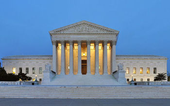 A recent report projects the U.S. Supreme Court's Janus decision will cut wages for government employees, and lead to a drop in U.S. economic activity of between $11.7 billion and $33.4 billion annually. (Joe Ravi/Wikimedia Commons)