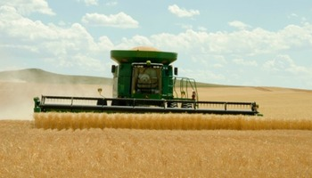 Agriculture is South Dakota's number one industry. (ams.usda.gov)