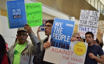 Civil rights groups say only 2 percent of applicants for waivers under the travel ban have received them. (malisunshine/Twenty20)