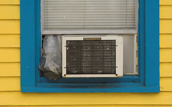 Low-income Ohio families may be eligible to receive a one-time benefit toward a summer cooling bill. (Derek Bridges/Flickr)