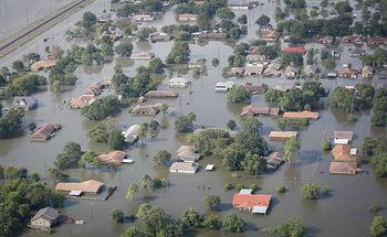 Un nuevo reporte sugiere mejorar, en las instalaciones de vida asistida de Texas, los protocolos de respuesta ante desastres.<br />(SC National Guard/Flickr)