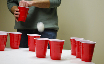 The average binge drinker consumes about seven drinks per binge and goes on binges about once a week, but the Centers for Disease Control and Prevention finds that Arkansas binge drinkers consumer more than eight drinks each time.(LaRose/Flickr)