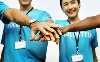 Psychologists say volunteering can create a