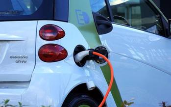 Mayors from 19 cities have committed to buying more than 300 electric vehicles in the first year. (Mikes Photos/pexels.com)