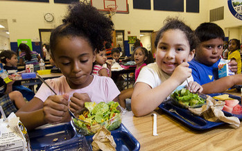 Along with providing meals and snacks, after-school supper programs offer homework help and other enrichment activities to keep children engaged. (USDA)