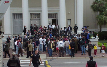 A press conference outside the Florida Supreme Court during the recount in the 2000 presidential election. (Village Square/Flickr)