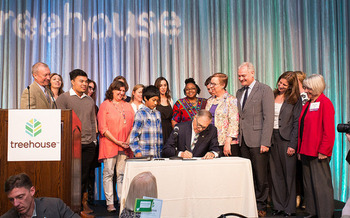 Gov. Jay Inslee signed a bill in 2016 aimed at improving educational outcomes for foster youth. (Jay Inslee/Flickr)