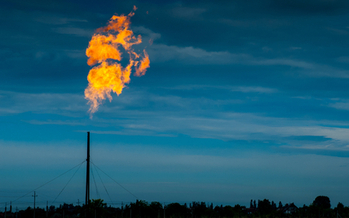 Oil and gas operations in Pennsylvania emit an estimated 54,000 tons of volatile organic compounds and 520,000 tons of methane a year. (Shutterstock)