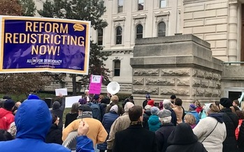 A rally held in November when the new legislators were sworn in called on lawmakers to hand over the power to redraw legislative districts to an independent citizen commission. (Ashley Toruno/ACLU)