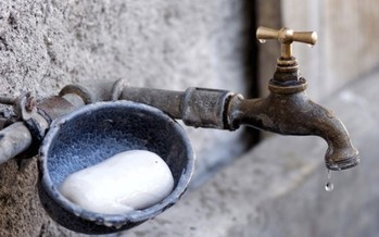 The chemicals C8 (used to make Teflon) and MCHM (used to clean coal) have caused problems when they have shown up in West Virginia tap water. (suju/Pixabay)