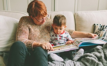 New research shows young children who spend time interacting with a parent or grandparent develop better life skills that those who just watch TV or digital devices. (ChrystalMarieSing/Twenty20)