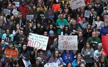 Thousands of students crowded the Indiana Statehouse for the 2018 March for Our Lives Rally. (We LIVE, Inc.)