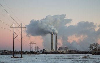 Mercury pollution in the U.S. has declined by 80 percent since 2012. The neurotoxic heavy metal has been shown to disrupt fetal brain development. (Tony Webster/Wikimedia Commons)