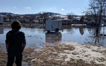 Residents of the Lakota Pine Ridge Reservation in southwest South Dakota are in recovery mode after severe flooding, while high water continues to threaten livestock in the north-central part of the state. (commondreams.org)