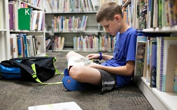 A study of Arizona third graders finds that students who live in poverty or attend rural schools face the biggest obstacle to attaining age-appropriate literacy. (smgu3/Twenty20)