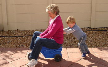 In 2016, an estimated 4,429 grandparents in Wyoming had the primary responsibility for raising their grandchildren. (Matti/Wikimedia Commons)