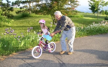 In 2018, an estimated 35,909 grandparents in Colorado had the primary responsibility for raising their grandchildren. (Pixabay)
